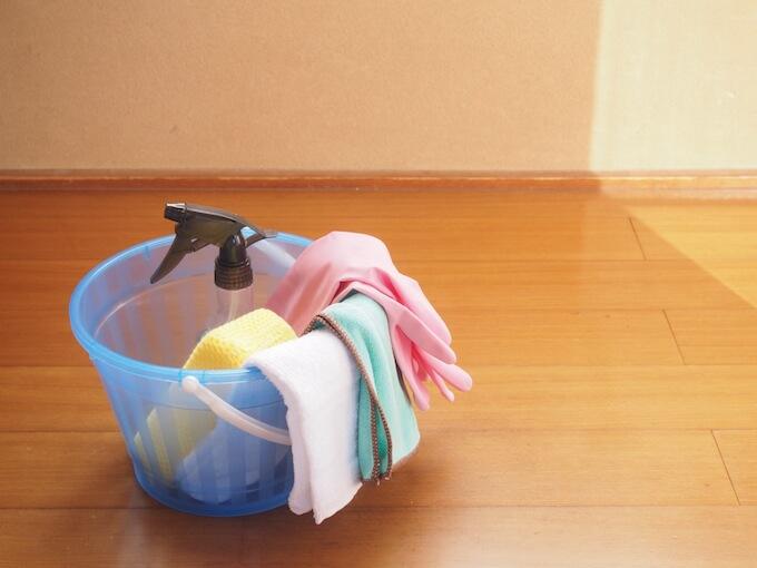 バケツと掃除道具